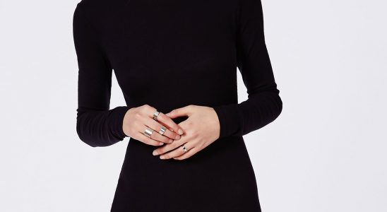 robe noir a manche longue