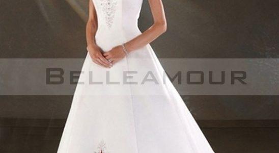 robe rouge et blanche